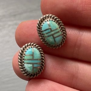 SS Inlay Turquoise Earrings